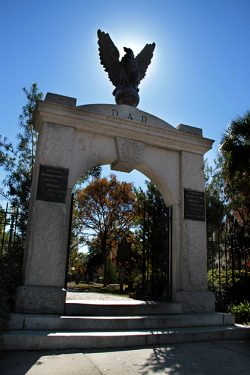 Read more about the article Colonial Park Cemetery