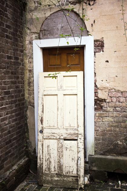 25 Haunted Sorrel Weed Housefor91days.com