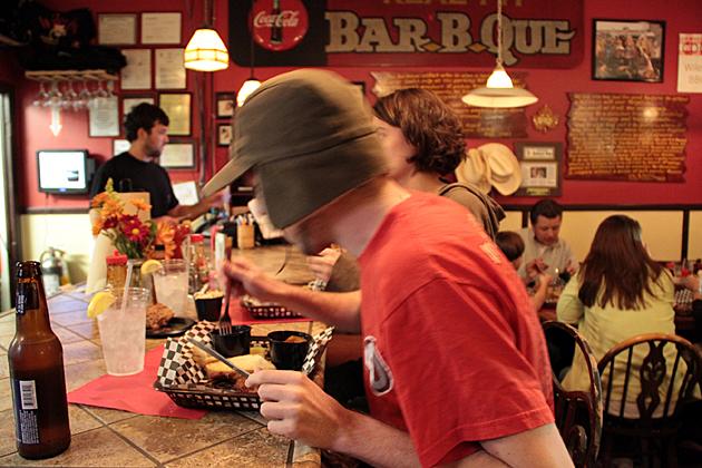 Bar B Que South