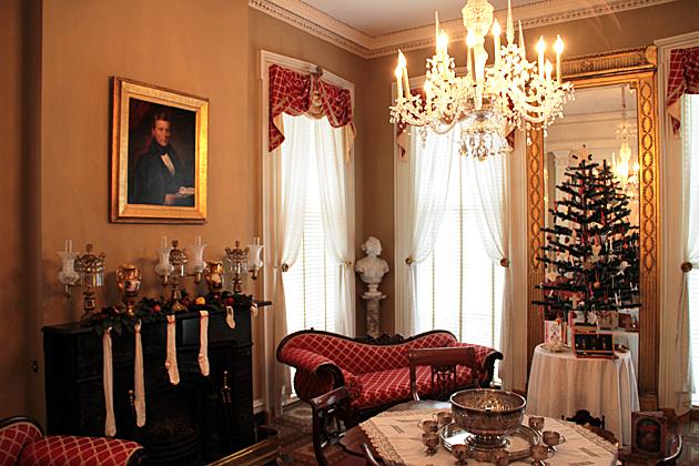 Christmas Savannah House To