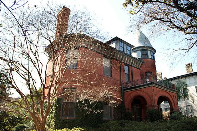 Savannah Mansion 3