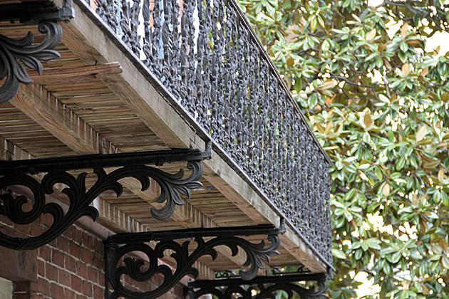 iron cast balcony